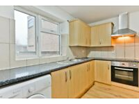TW3 1BL - HIGH STREET - A STUNNING LARGE 1 BED FLAT WITH PRIVATE GARDEN - VIEW NOW