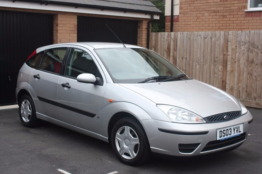 2003 ford focus 1 4 16v lx metallic silver in bude. Black Bedroom Furniture Sets. Home Design Ideas