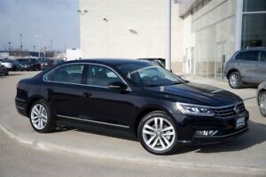 2017 Volkswagen Passat 1.8 TSI Highline - Heated Front and Rear