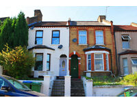 ROOM ONLY: Lovely one bedroom within a large Victorian 5 bed house