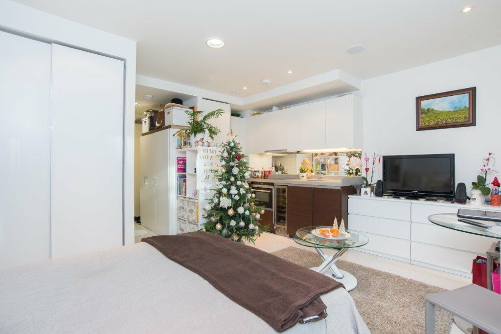 BEAUTIFUL DESIGNER FURNISHED STUDIO SUITE - BALTIMORE WHARD E14 CANARY WHARF WESTFERRY ISLE OF DOGS