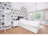 4 Bedroom Semi Detached House - £2,000pcm - Kingston Road, Sutton SM3 9UD