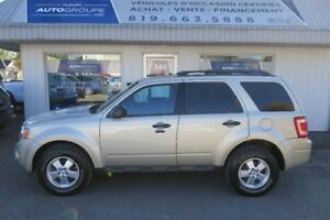 2012 Ford Escape XLT  4X4  Auto