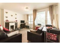 Charming 3 double bedroom flat with private balcony to rent in Clapham