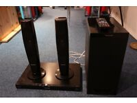 Panasonic 3D Blu Ray, DVD & 2.1 Surround System with Sub - gloss black