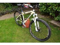 Kona Caldera. Small / 16 inch frame with Hope, Fox, Raceface and Shimano parts