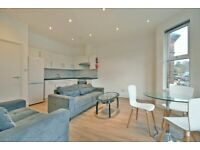 LUXURY 3 BED FLAT IN RESIDENTIAL AREA - CALL THE OFFICE NOW FOR VIEWINGS!!!