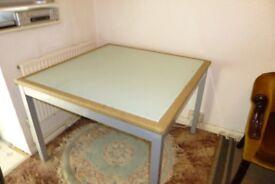 Table indoor/outdoor