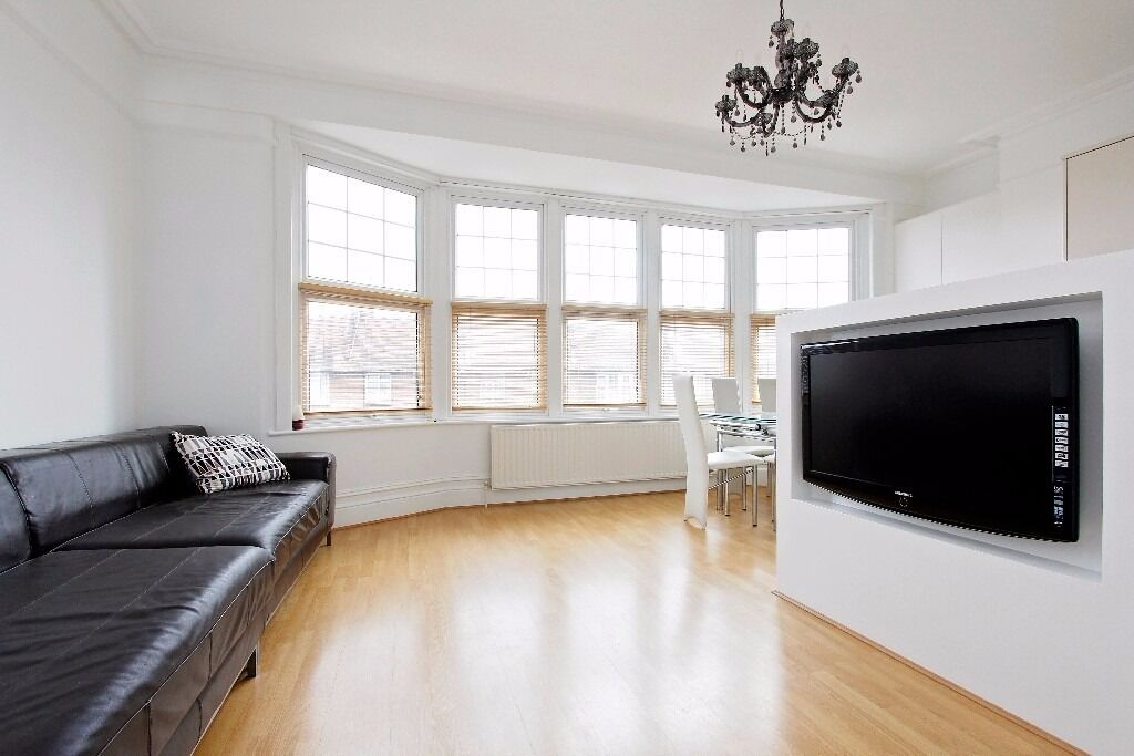 Refurbished 1 bedroom flat in Winchmore Hill - Green Lanes, N21