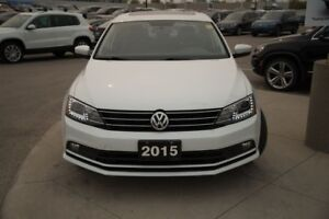 2015 Volkswagen Jetta Highline TDI | Tech Package w/ Bi-Xenon He