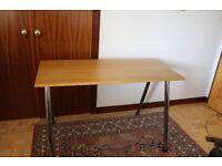 Worktable/Office desk in Oak