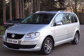 Volkswagen Touran 2.0 TDI SE MPV 5dr (7 Seats) FSH,2 OWNERS, 2 KEYS