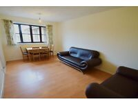 SUPER SPACIOUS MODERN 2 DOUBLE BEDROOM FLAT IN GOOD AREA NR TRANSPORT & TRAIN 10 MINS TO KINGS CROSS