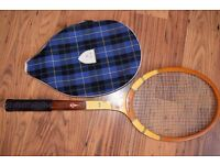 Tennis racquet vintage wood (La Hutte Impériale) £ 15