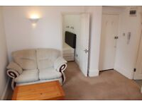 PH4 - PARLIAMENT HILL-Fabulous Fully Furnished, One Bed Flat, Bright, Airy, Quiet - Hampstead, NW3
