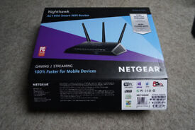 Netgear nighthawk r7000 router Mint condition in box Updated to latest firmware