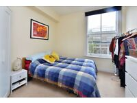 HIGHGATE ROAD, NW5: -AMAZING ONE BED -AIRY APARTMENT -ABUNDANCE OF LIGHT -HIGH CEILINGS -MUST SEE