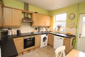 2 Bedroom House Central Grantham Available Immediately No Credit/Reference Fees £125 Per Week