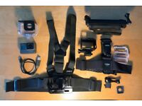 GoPro Hero 5 Black + Accessories