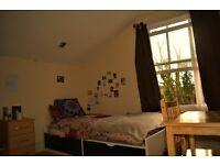 Twin Room - Room to share