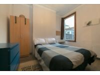Single room available now in Surrey Quays, £150pw all bills included, free Wifi!
