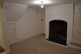 Grade II Listed - 1 Bedroom Flat for Rent in Idyllic Coggeshall, Essex