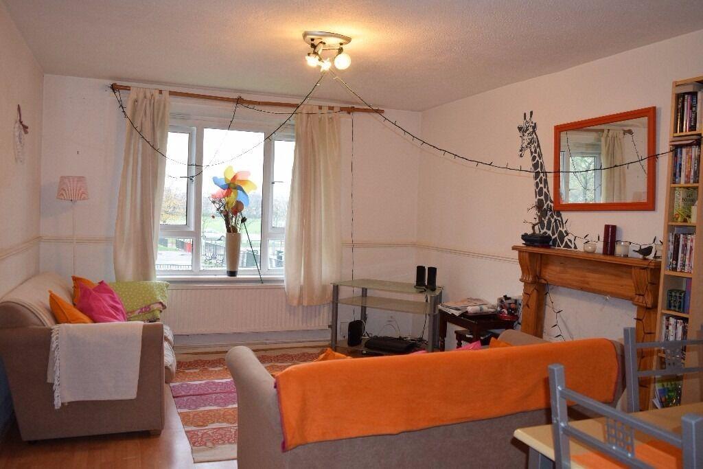 Spacious 2 Bed 1 Bath apartment, Tintern Close, Wimbledon, SW19