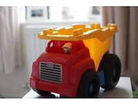 MEGA BLOKS FIRST BUILDERS LARGE DUMP TRUCK