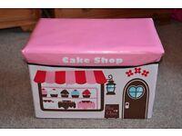 Storage box for kids' bedroom