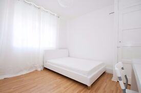 Fantastically located feature double room in the heart of Borough available soon!