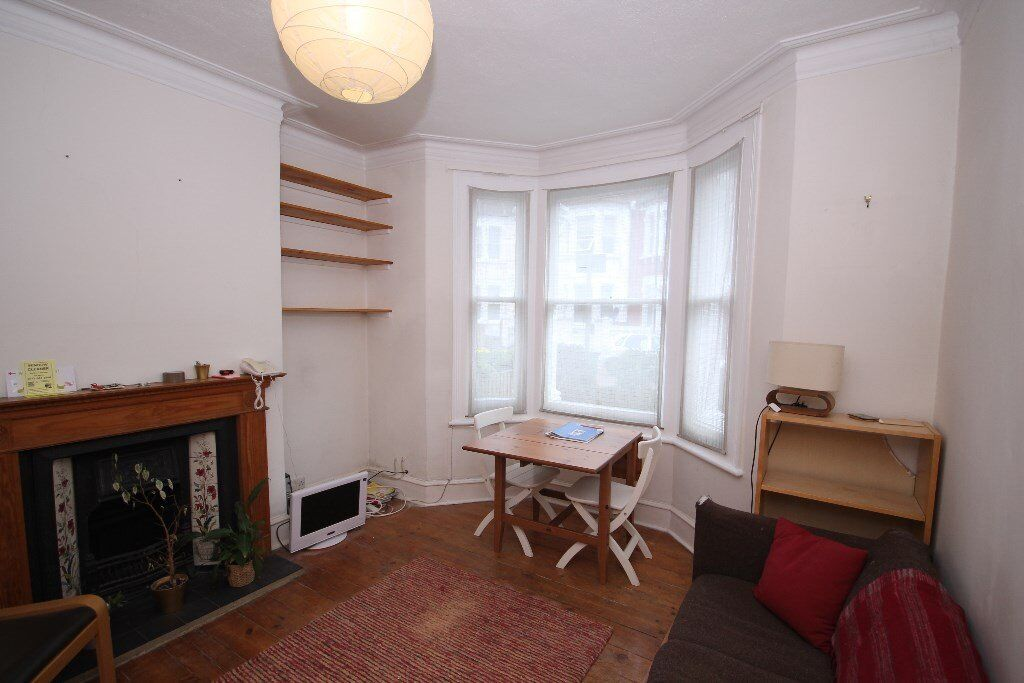 REFURBISHED TWO DOUBLE BEDROOM GARDEN FLAT ONLY 5 MINS TO TUBE ST. CALL NOW ON 0208 459 4555