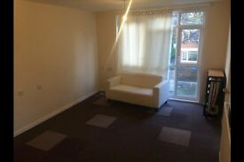 1 bedroom flat in London SE10, Spread the cost of moving with Amigo Home