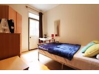 S/ AMAZING ROOMS IN TOTTENHAME HALE~ STUDENTS AND PROFESSIONALS!!! HURRY UP! OFFER ENDS SOON***