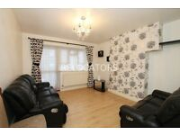 NICE 3 BEDROOM FLAT WITH LIVING ROOM AND LARGE KITCHEN