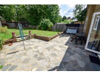 LARGE & BEAUTIFUL 5 Bed House In Edgware - IDEAL FOR PROFESSIONAL FAMILY!