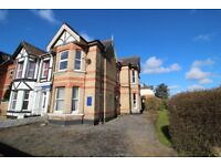 Three double bedroom apartment available near to Bournemouth Train Station
