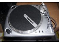 NUMARK DIRECT DRIVE PROFESSIONAL TURNTABLE TT1650 WORKING CONDITION