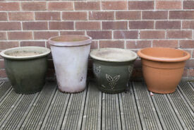 12 Flower Pots - Various Sizes