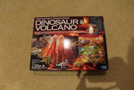 Dinosaur and Volcano set New