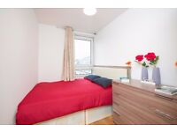CHEAP & CHEERFUL DOUBLE ROOM FOR SINGLES BARGAIN! - MUST BE SEEN