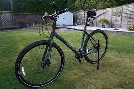 Hybrid commuter bike - high quality, high spec - aluminium frame, disc brakes, Shimano Alfine gears