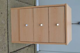 Bedside cabinet. Small set of drawers.