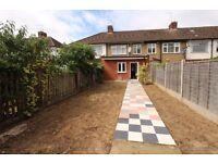 ***Wonderful 4 bedroom terraced house in Enfield***