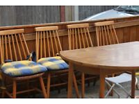 Oak dining table and 4 chairs set.!!(CHEAP!!!!!)