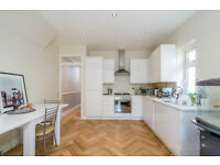 Recently refurbished nicely presented two bedroom garden flat close to Wendell Park