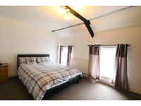 SPACIOUS DOUBLE ROOM IN SHARED HOUSE