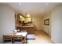 2 Bedroom Flat in NW2 - Ideal for Professionals - Near Cricklewood Thameslink Station -Available Now