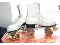 Vintage 70's Ladies Sure Grip Roller Skates White Leather Boots Size 6 roller derby