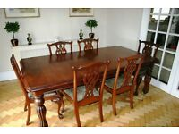 Victorian Solid Mahogany Repro Wind out Dining Table with 8 Chairs & 2 Carvers