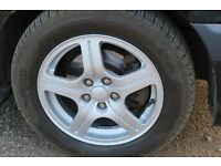 Toyota Avensis 4x alloy wheels in excellent condition, with tyres (195/60/15 Pirelli, Tigar)